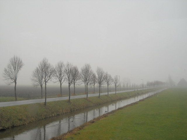 長野市朝靄の季節